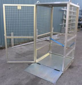 Picture of Gas Cylinder Storage Cage with Ramp (Assembled)